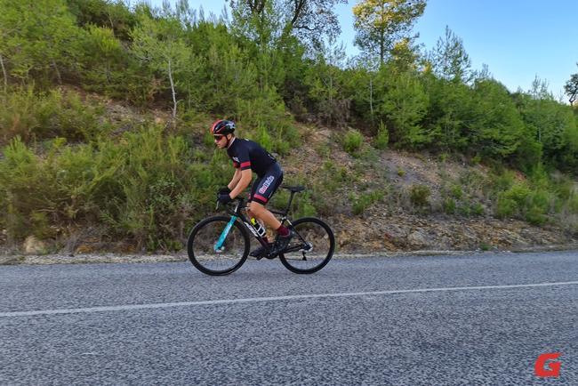 Test Go Ride KTM Revelator Alto Master Team Azul 9